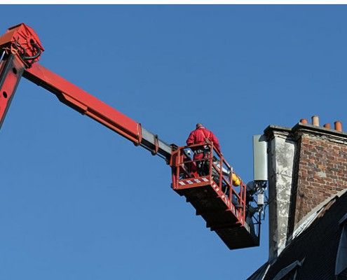 Knuckle Boom Lifts for Domestic Chimney Maintenance